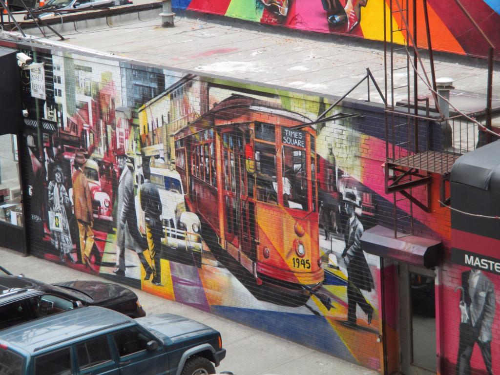 Un autre street art (puisque c'est un élément important d'un de mes romans, j'ai pris beaucoup de photos de fresques murales), cette fois plus proche du McKittrick Hotel.