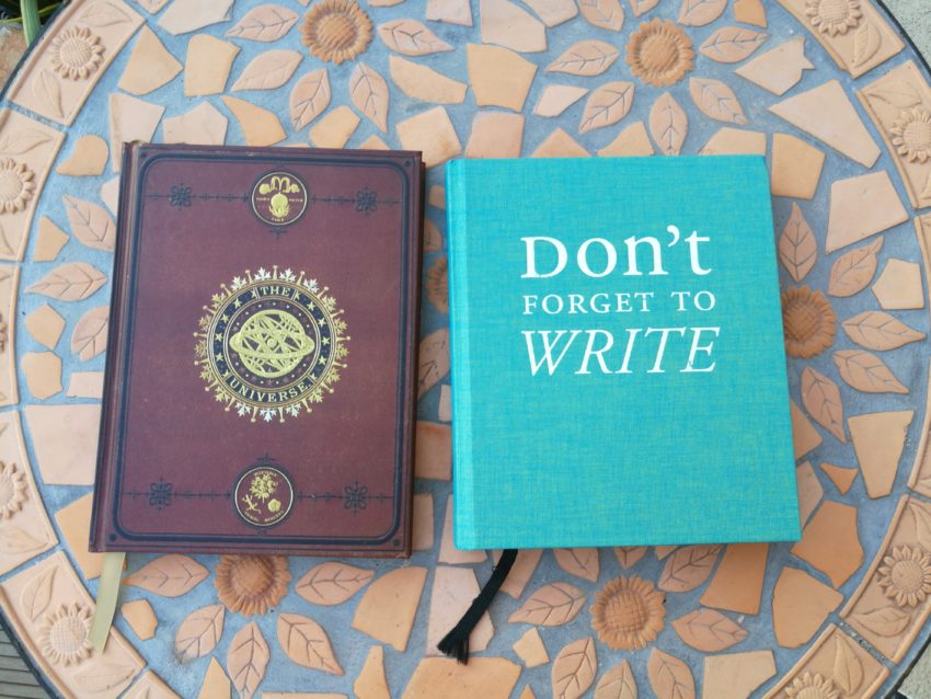 2 carnets de bord d'écriture